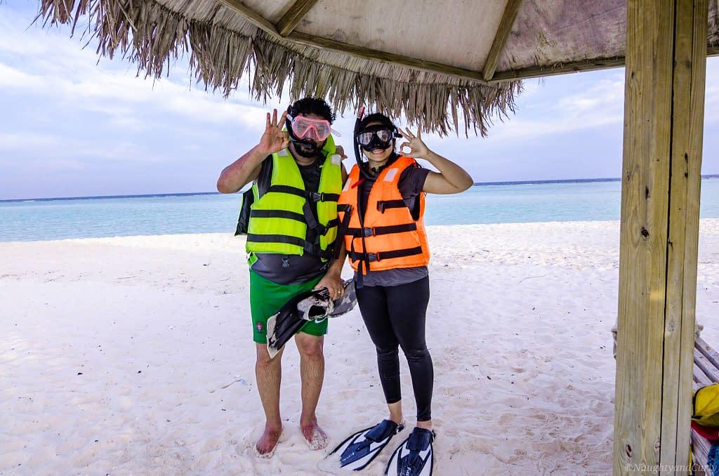 snorkeling_couple_rasdhoo_maldives