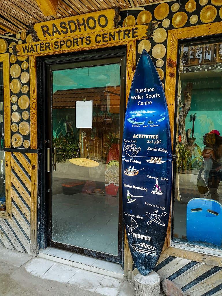 rasdhoo_dive_watersports_maldives