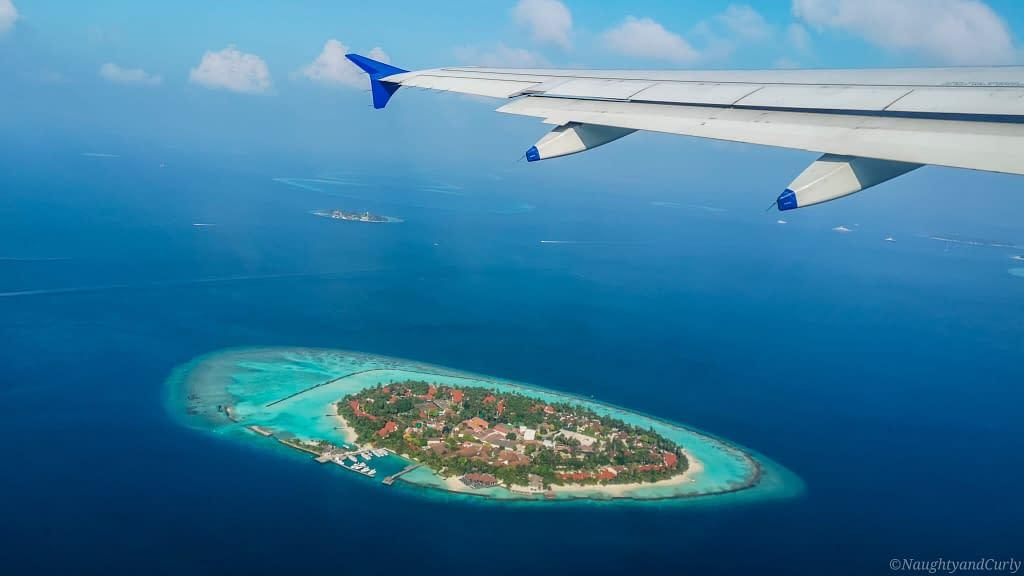aerialview_maldives_flightview